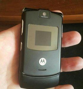 Продам на запчасти Motorola RazR V3