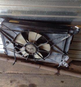 Радиатор на тойоту Виш