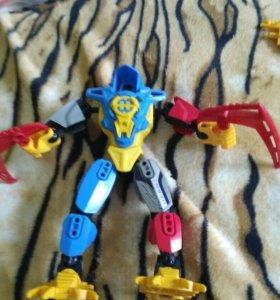 Трансформер типа Лего.
