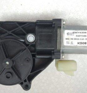 Электродвигатель стеклоподъемника