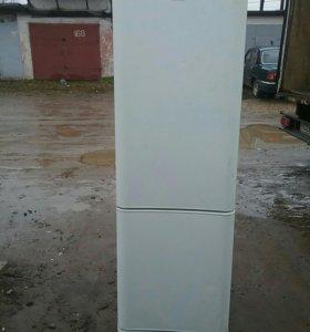 Холодильник  Индезит 138