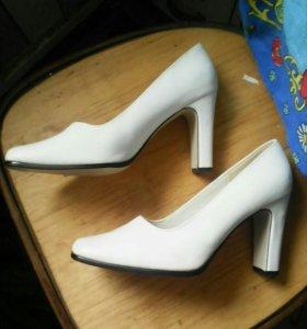 Туфли 39 р.