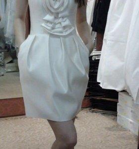 Свадебное или вечернее платье, размер 40-42 (xs)