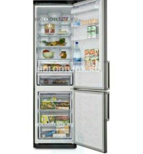 Холодильник двухкамерный Samsung No frost. Корея.
