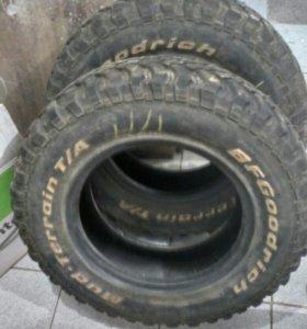 Резина Goodrich 22575 R16 и литые диски