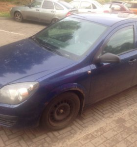 Opel Astra h 2005г