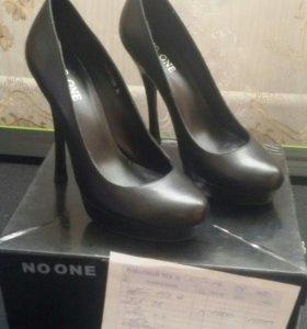 Туфли кожанные натуральные.