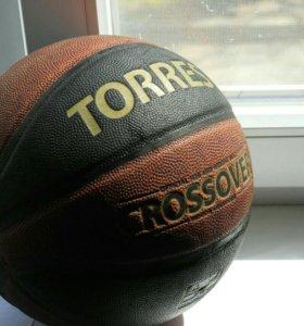 Мяч баскетбольный TORRES Crossover B30097