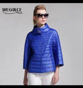 Новая куртку на весну и лето