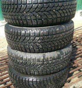 Bridgestone зимние 195/65/15 шипы