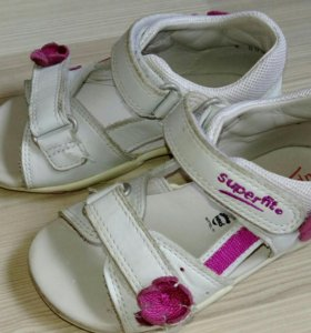 SuperFit сандалики 25р