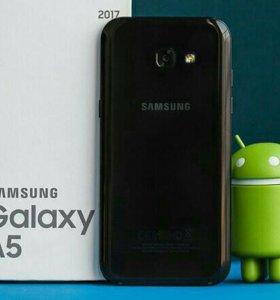 Смартфон Samsung A520 Galaxy A5 (2017) Black