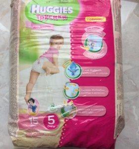 Продам трусики Huggies