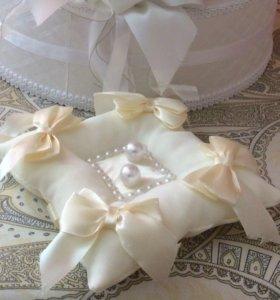 Подушка для обручальных на свадьбу