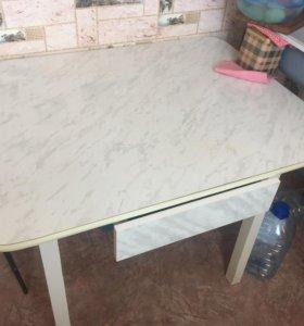 Кухонный стол шкаф