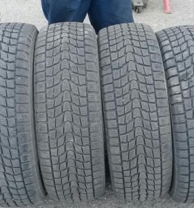 Dunlop 225 60 R17