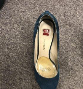 Туфли женские Mascotte