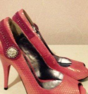 Туфли , новые 36 размер