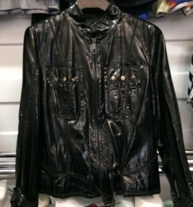 Лаковая курточка
