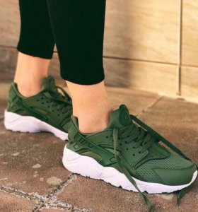 Кроссовки Nike huarache женские