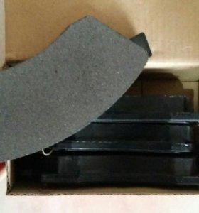 Колодки тормозные передние на шевроле-круз