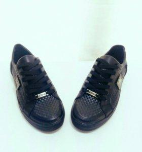 Обувь мужская (кеды,кроссовки)