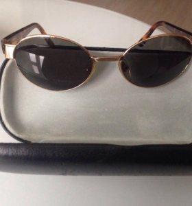 Солнцезащитные очки б/у