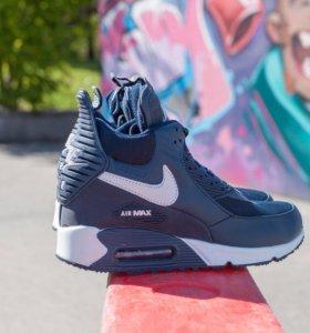 Новые кроссовки Nike waterproof