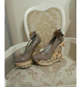 Новые летние туфли кожа