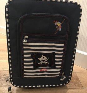 Детский чемодан на колёсиках Capt'n Sharky новый