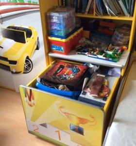 Мебель. Кровать- машина, стеллаж, детский шкаф.