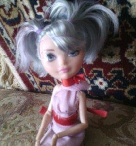 Возьму куклу на покраску и ухоживание за волосами