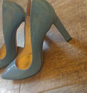 Туфли карло пазолини 38,5 размер.