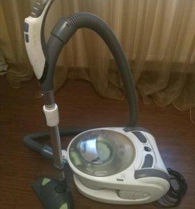 Продам пылесос DeLonghi AquaLand 1800W