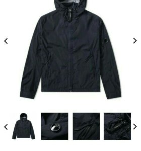 C.P. COMPANY GARMENT DYED ARM LENS HOODED JACKET