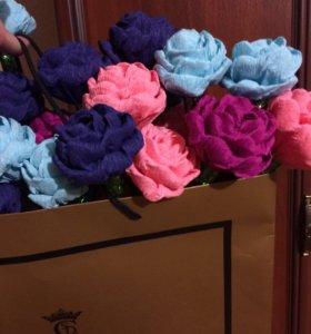 Розы из гофр.бумаги