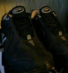 Кроссовки оригинальные Adidas