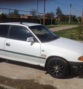Автомобиль Opel Astra F 1993.