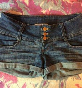 Летние шорты для девочки.Gloria jeans.