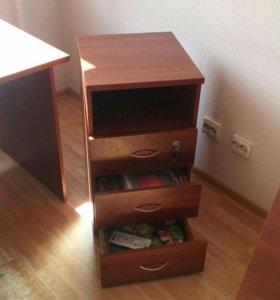 Стол и Тумба мебель Дэфо вид Ergo