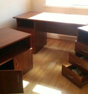 """Мебель для офиса ДЭФО ERGO """"орех"""". Торг!"""