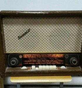 Радиола Восток 57