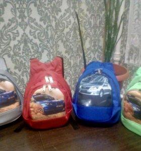 Яркие детские рюкзачки