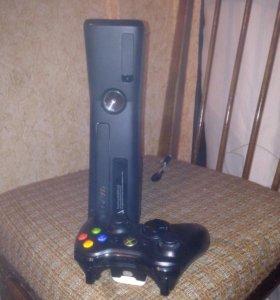 Xbox 360 250 Gb slim