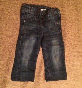 Продаются джинсы на девочку (3-3,5 годика)