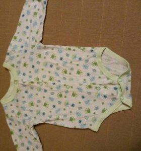 Одежда для новорожденной