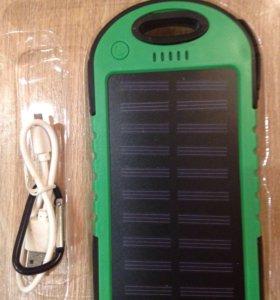 Зарядное устройство.работает от сети и солнца