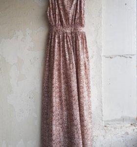 Платье новое с подкладкой