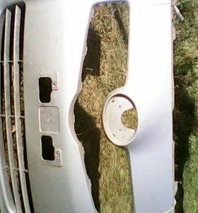 Бампер передний Toyota Vitz KSP90