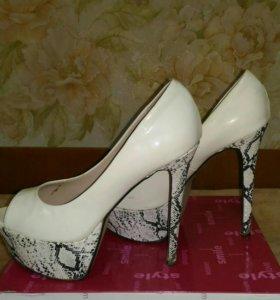 Туфли женские